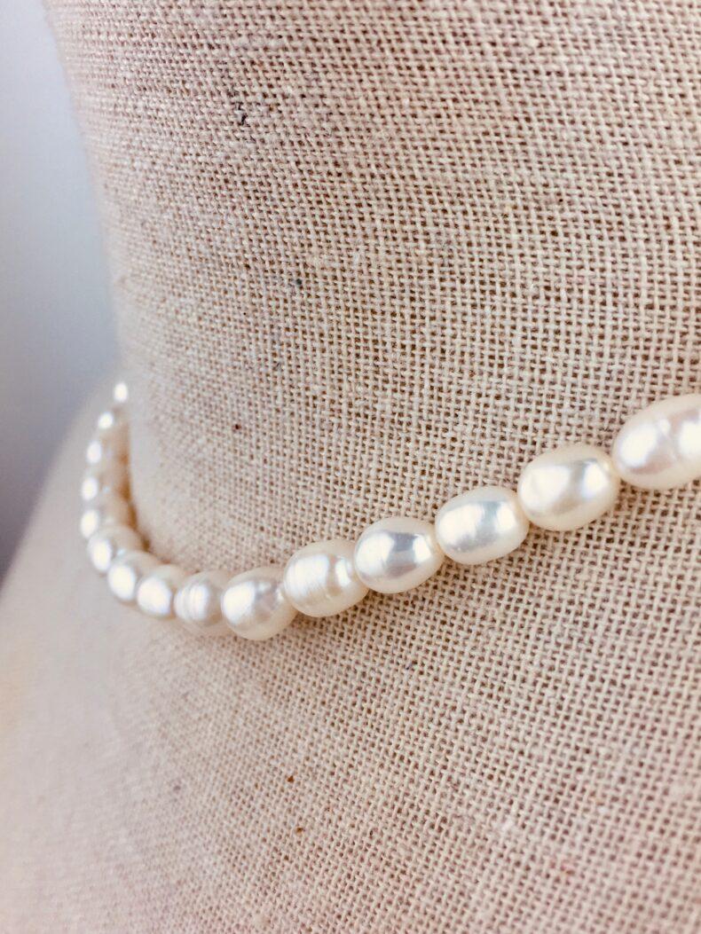 Halskette aus Perlen 40 cm