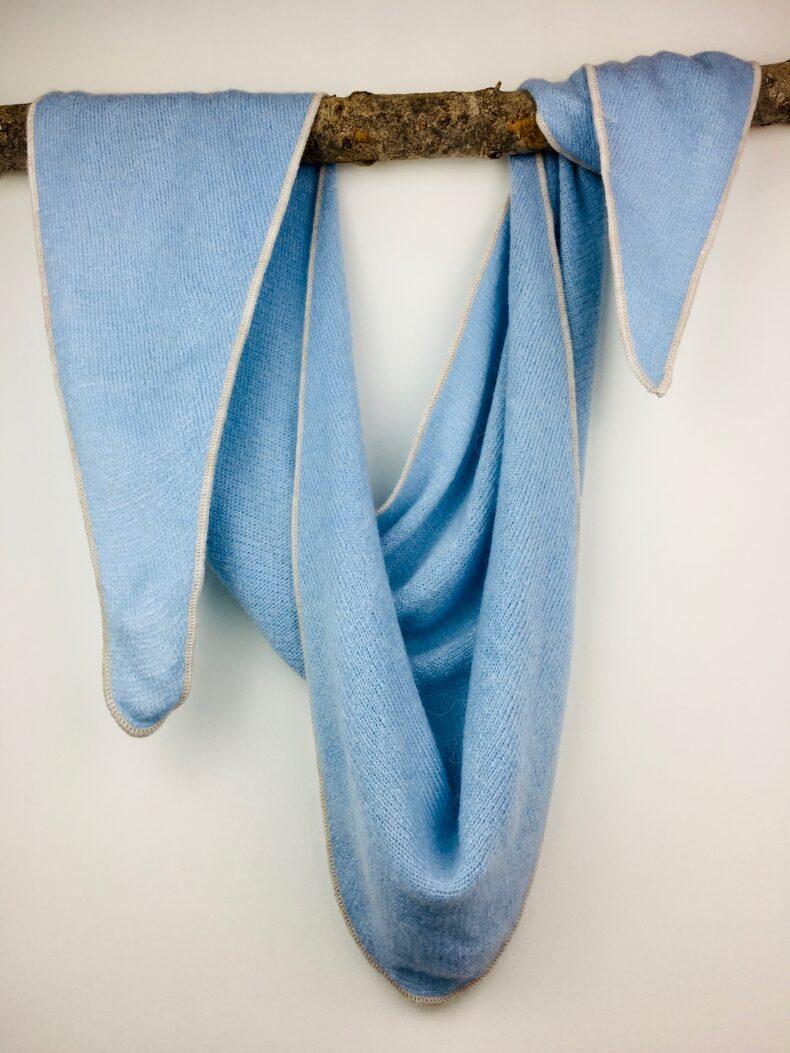Dreieckstuch Hellblau